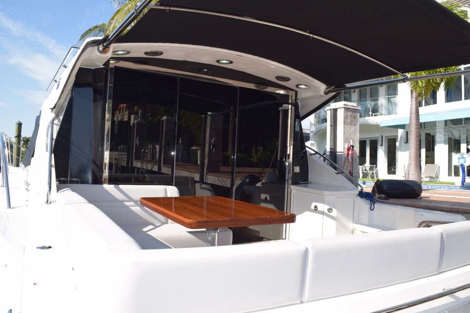 Sea Ray-510 Sundancer 2015 -Ft Lauderdale-Florida-United States-Aft Deck With Retractable Sun Shade-1189918 | Thumbnail