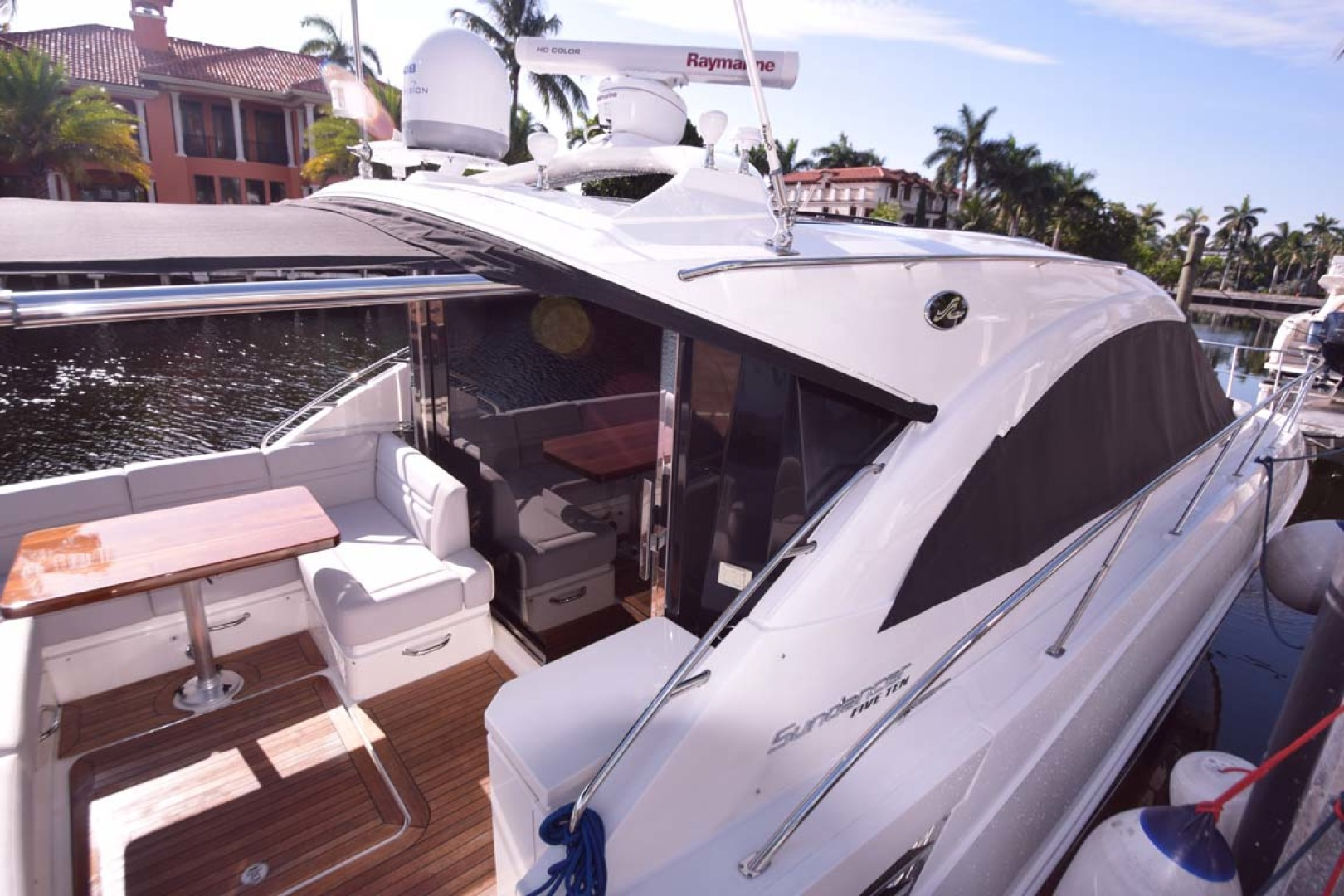Sea Ray-510 Sundancer 2015 -Ft Lauderdale-Florida-United States-Starboard Side And Aft Deck From Dock-1189971 | Thumbnail