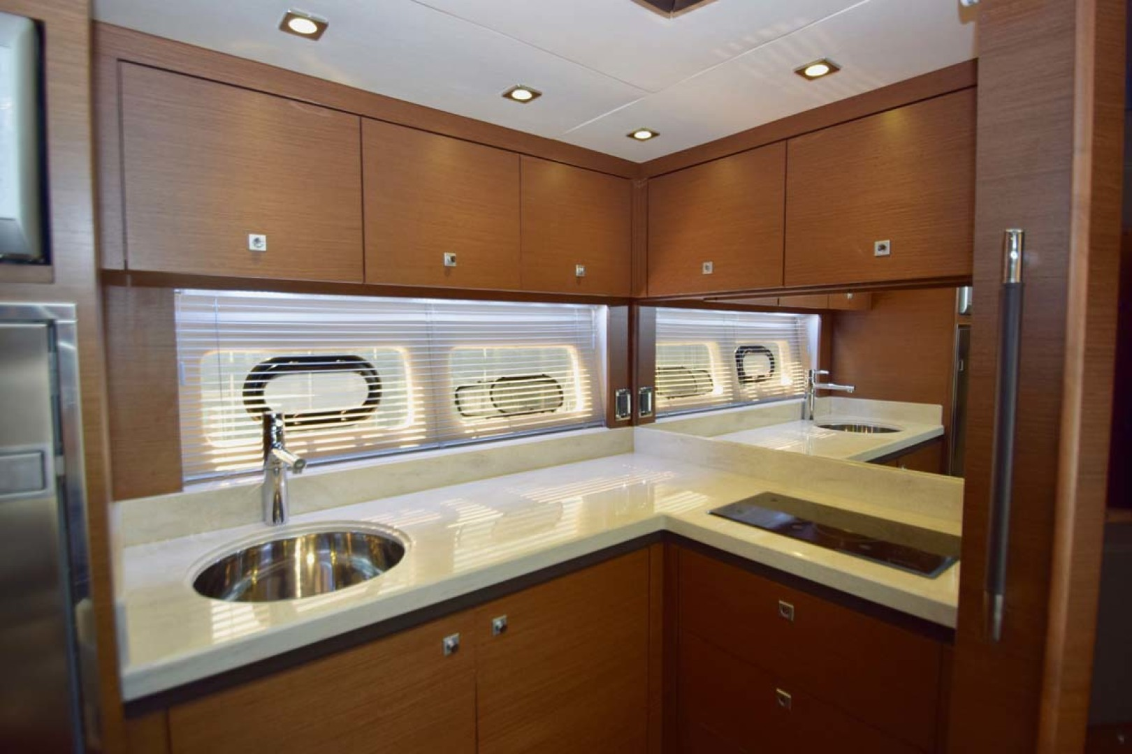 Sea Ray-510 Sundancer 2015 -Ft Lauderdale-Florida-United States-Galley Overview-1189937 | Thumbnail