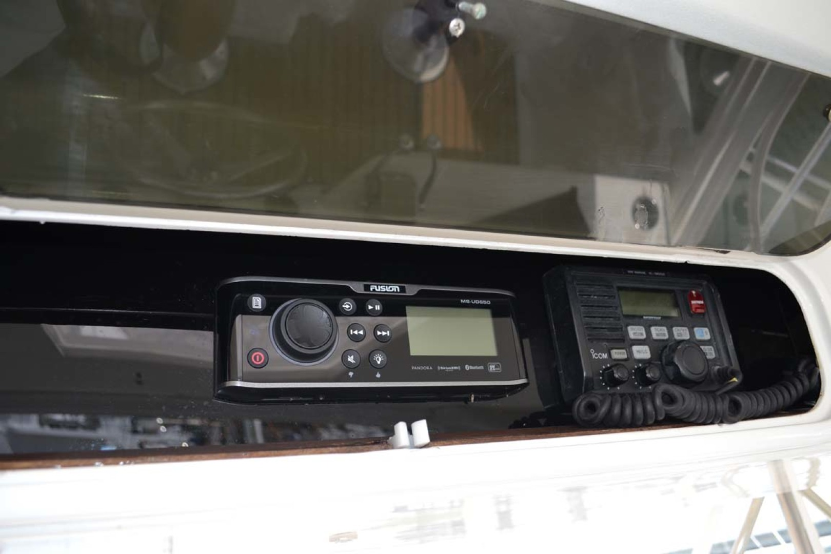 Ocean Yachts-Super Sport 1991-Reel Chaos St. Augustine-Florida-United States-Overhead Electronics-1191664 | Thumbnail