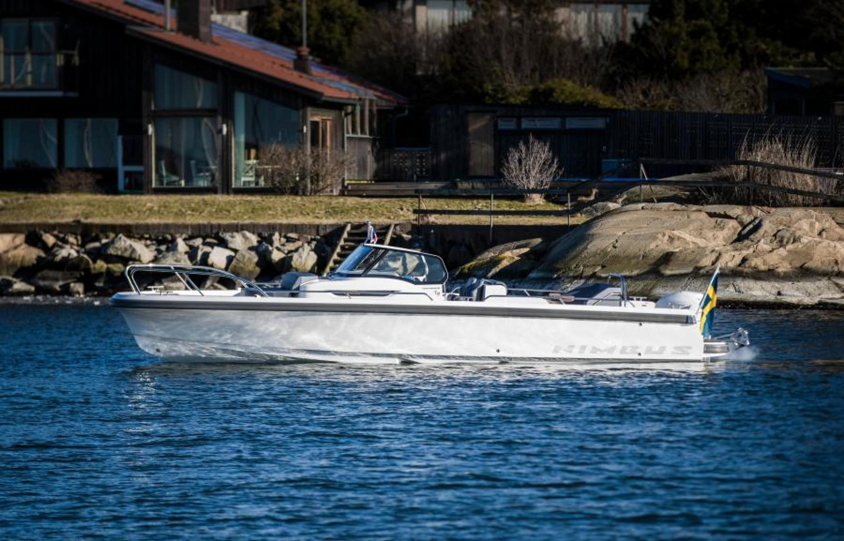 Picture Of: 30' Nimbus T9 2020 Yacht For Sale   1 of 13