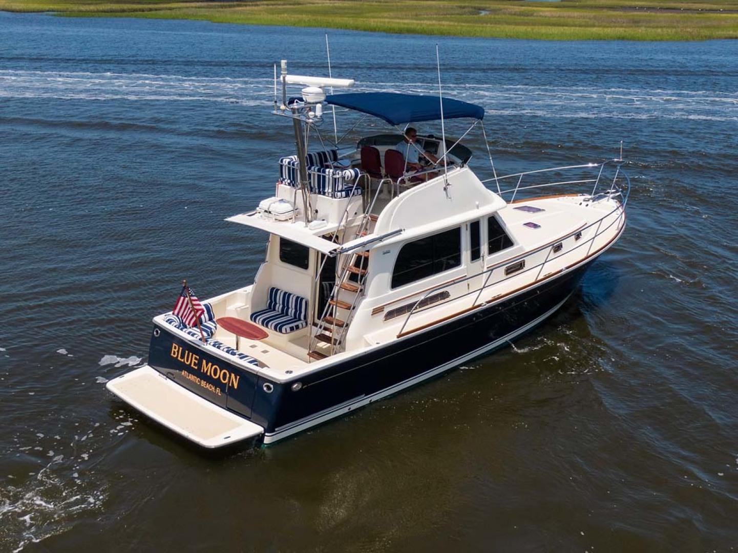 Sabre-Flybridge 2010-Blue Moon Jacksonville-Florida-United States-Starboard Aft Quarter-1193560   Thumbnail
