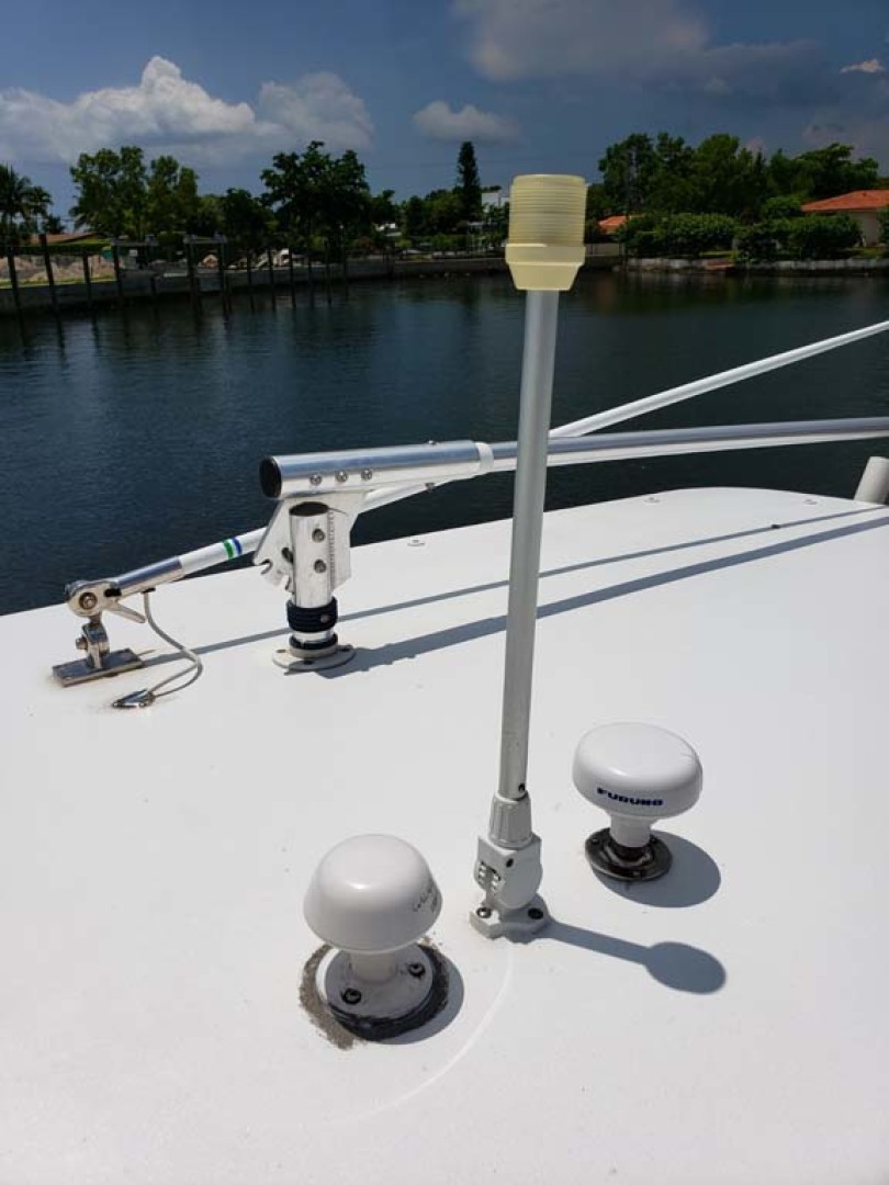 Jupiter-Center Console 2008-Knot Well North Miami-Georgia-United States-Anchor Light-1193639 | Thumbnail