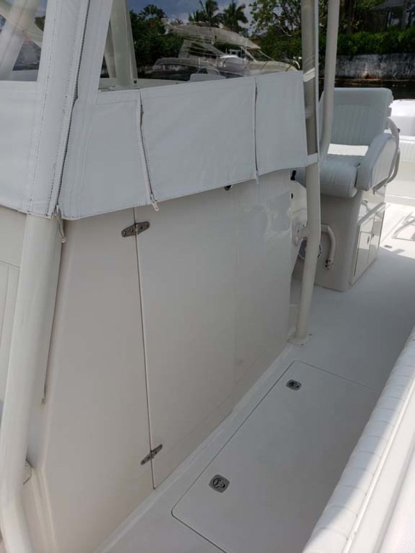 Jupiter-Center Console 2008-Knot Well North Miami-Georgia-United States-Eisenglass And Console-1193642 | Thumbnail