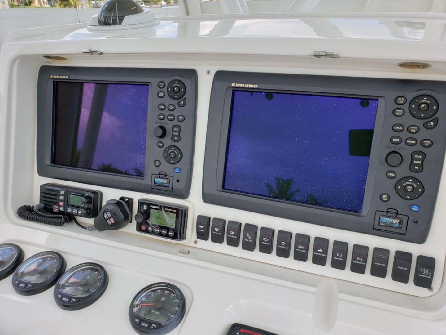 Jupiter-Center Console 2008-Knot Well North Miami-Georgia-United States-Helm Instruments-1193655 | Thumbnail