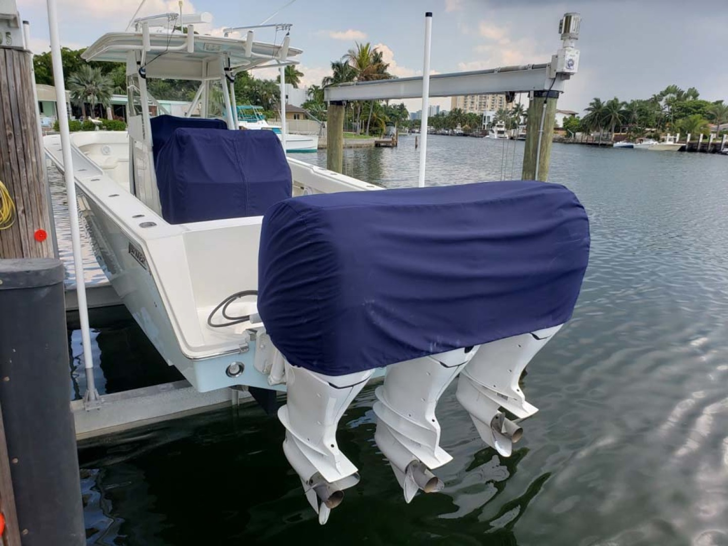 Jupiter-Center Console 2008-Knot Well North Miami-Georgia-United States-Covers-1193683 | Thumbnail