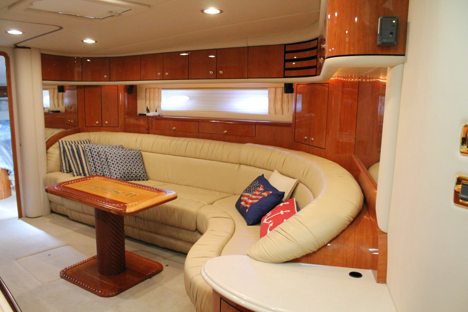 Picture Of: 54' Sea Ray 540 Sundancer 2001 Yacht For Sale | 2 of 55