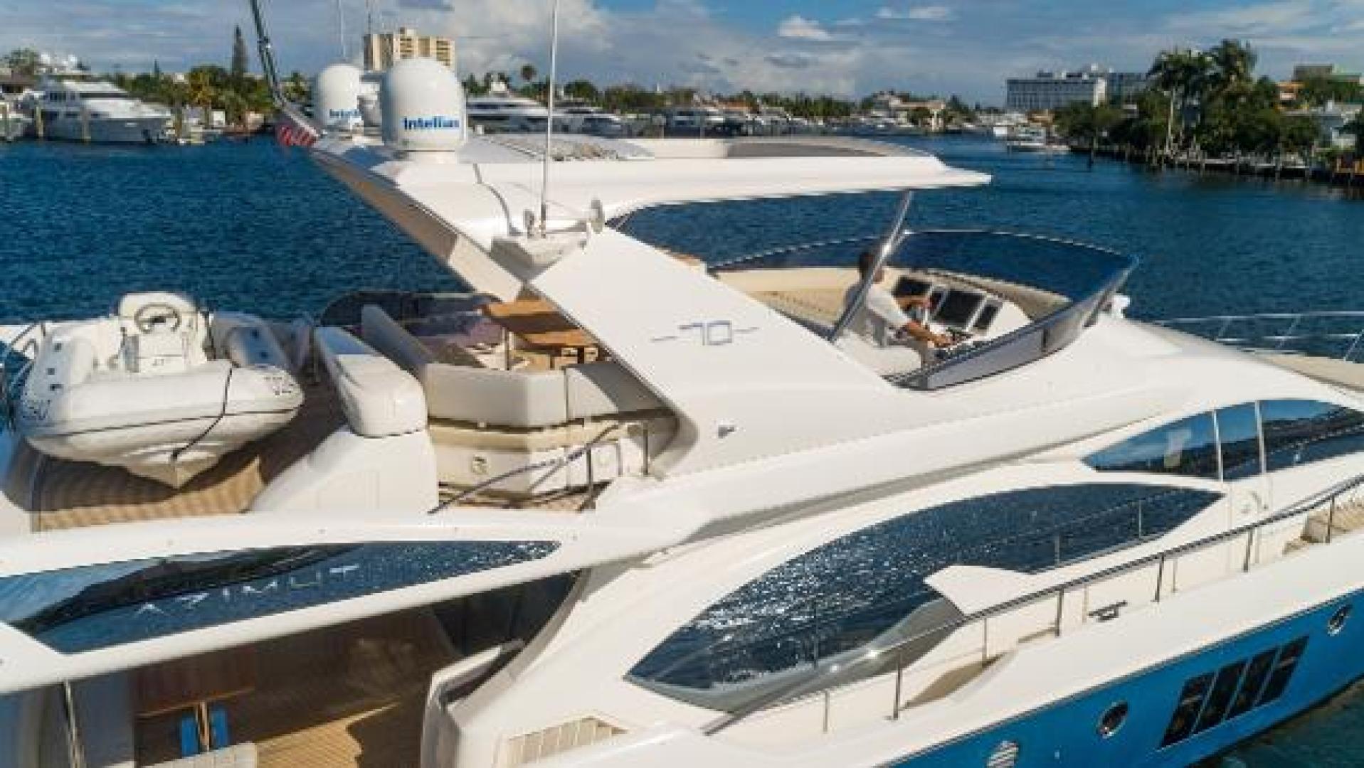 Azimut-Flybridge 2011 -Fort Lauderdale-Florida-United States-1195824 | Thumbnail