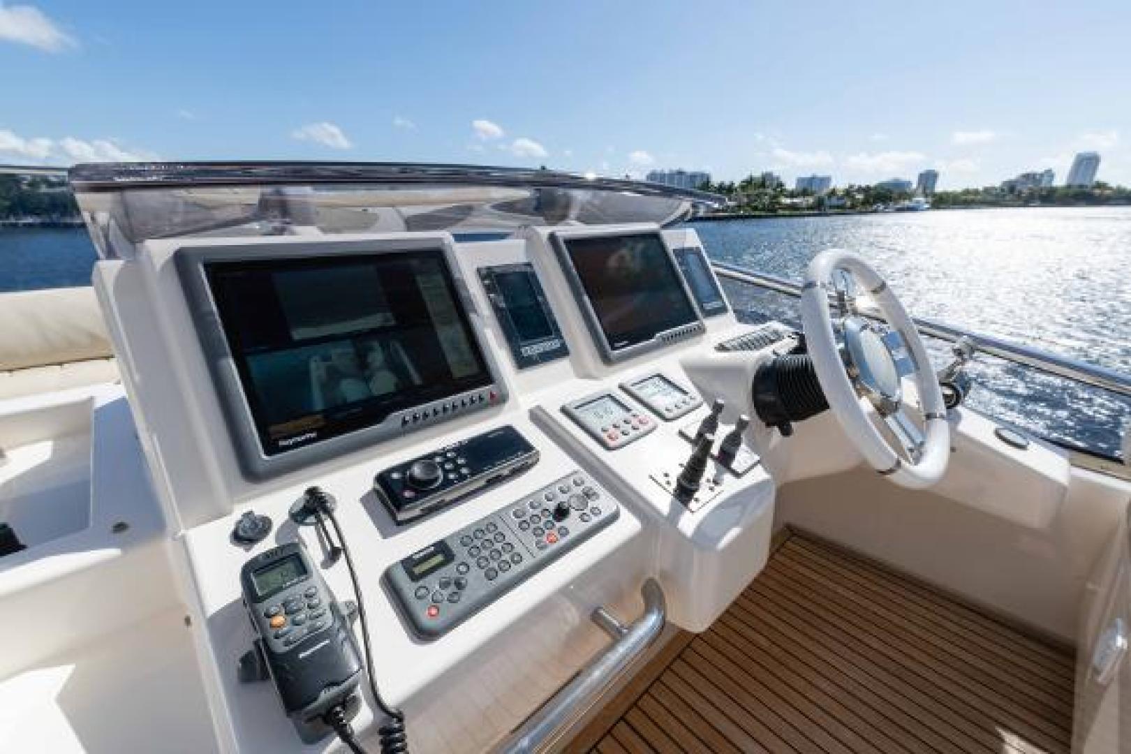 Azimut-Flybridge 2011 -Fort Lauderdale-Florida-United States-1195794 | Thumbnail