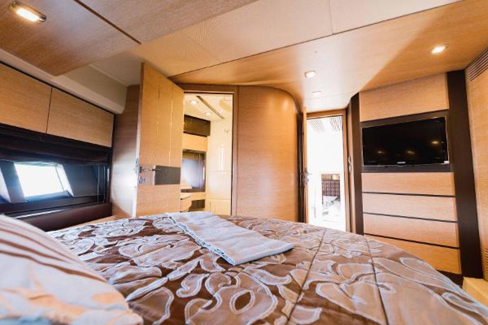 Azimut-Flybridge 2011 -Fort Lauderdale-Florida-United States-1195776 | Thumbnail