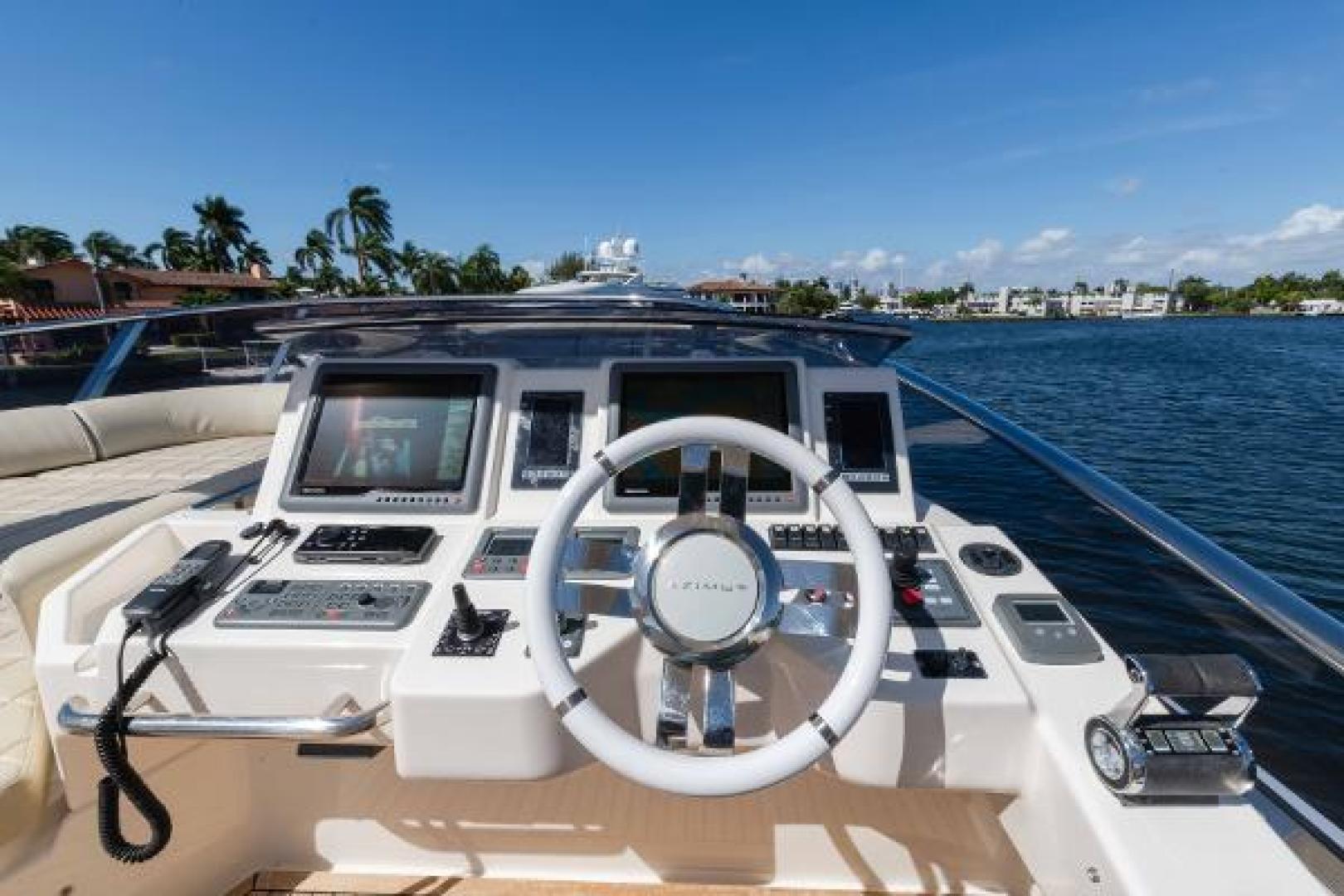 Azimut-Flybridge 2011 -Fort Lauderdale-Florida-United States-1195795 | Thumbnail