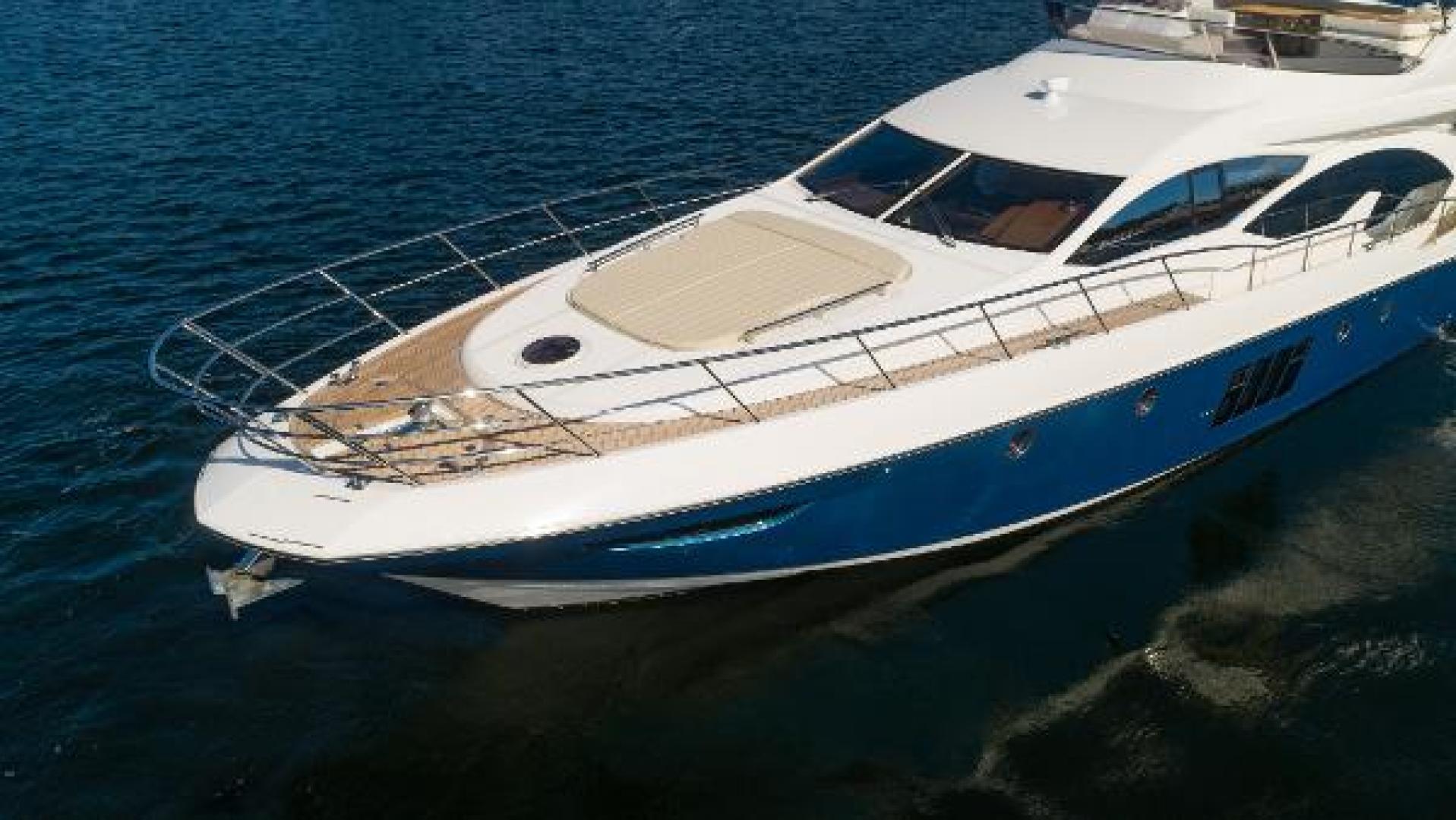 Azimut-Flybridge 2011 -Fort Lauderdale-Florida-United States-1195812 | Thumbnail