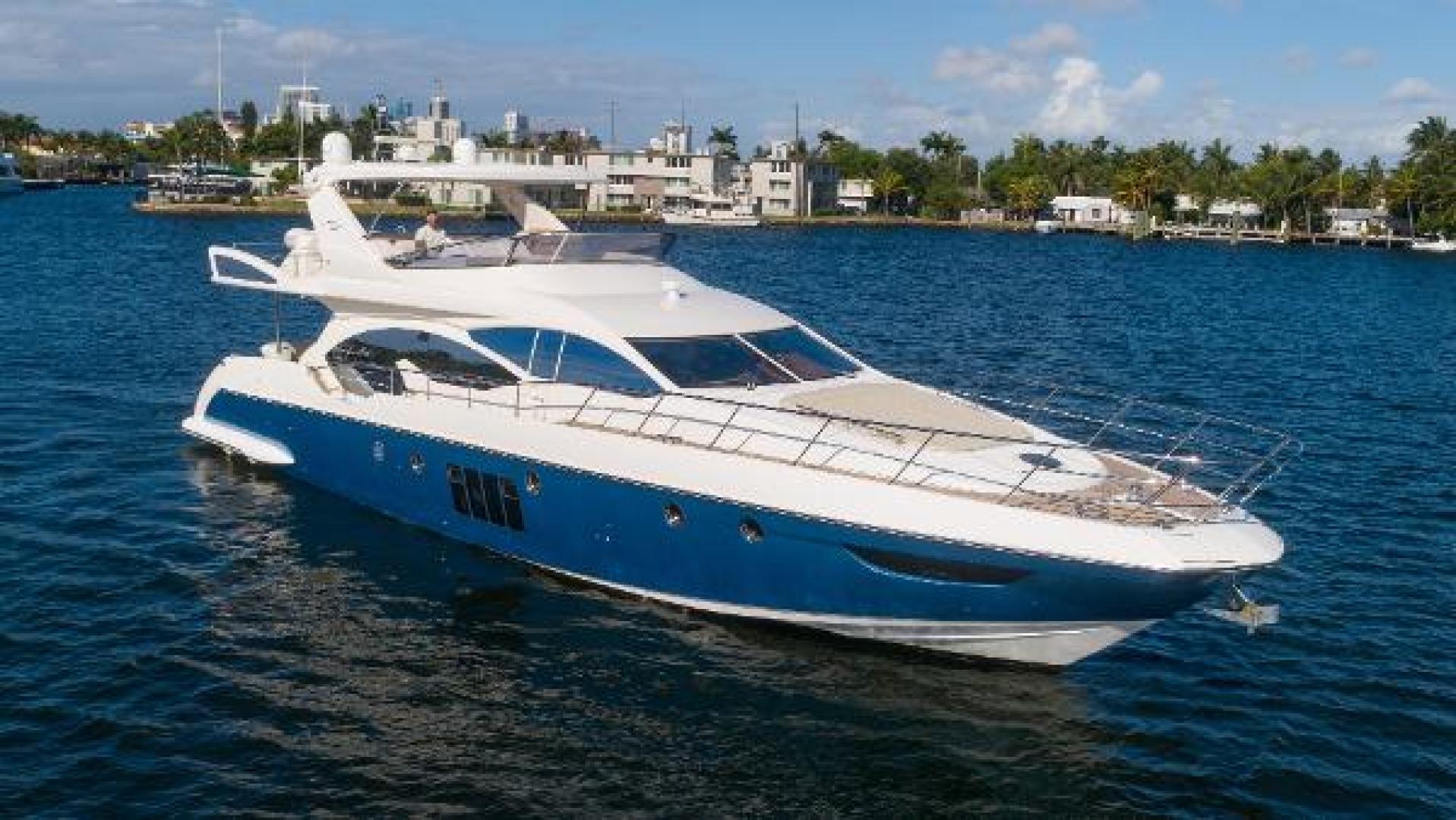 Azimut-Flybridge 2011 -Fort Lauderdale-Florida-United States-1195820 | Thumbnail