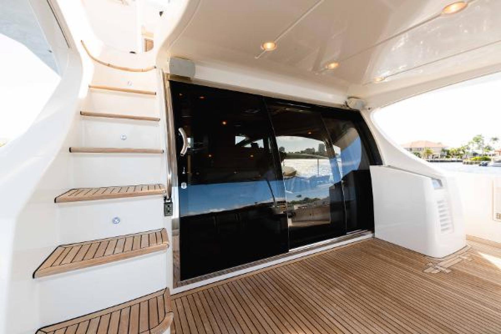Azimut-Flybridge 2011 -Fort Lauderdale-Florida-United States-1195751 | Thumbnail