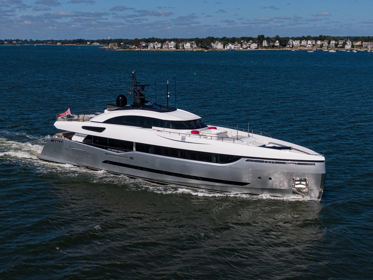 Columbus Yachts 131' 40 Sport Hybrid 2013  Eleonora III