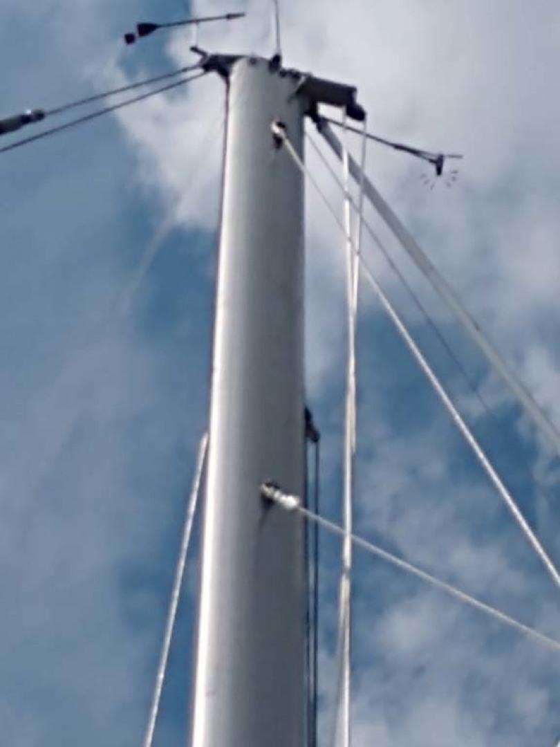 Hinckley-Bermuda 40 MK III Sloop 1979-Evensong Camden-Maine-United States-Mast Head-1200156 | Thumbnail