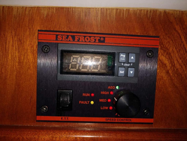 Hinckley-Bermuda 40 MK III Sloop 1979-Evensong Camden-Maine-United States-Sea Frost Control Panel-1200126 | Thumbnail