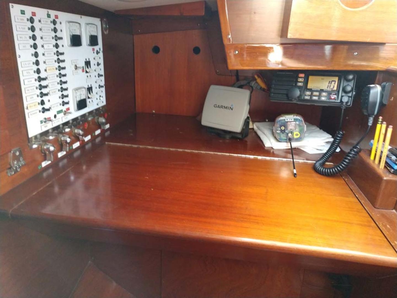 Hinckley-Bermuda 40 MK III Sloop 1979-Evensong Camden-Maine-United States-Chart Table-1200138 | Thumbnail