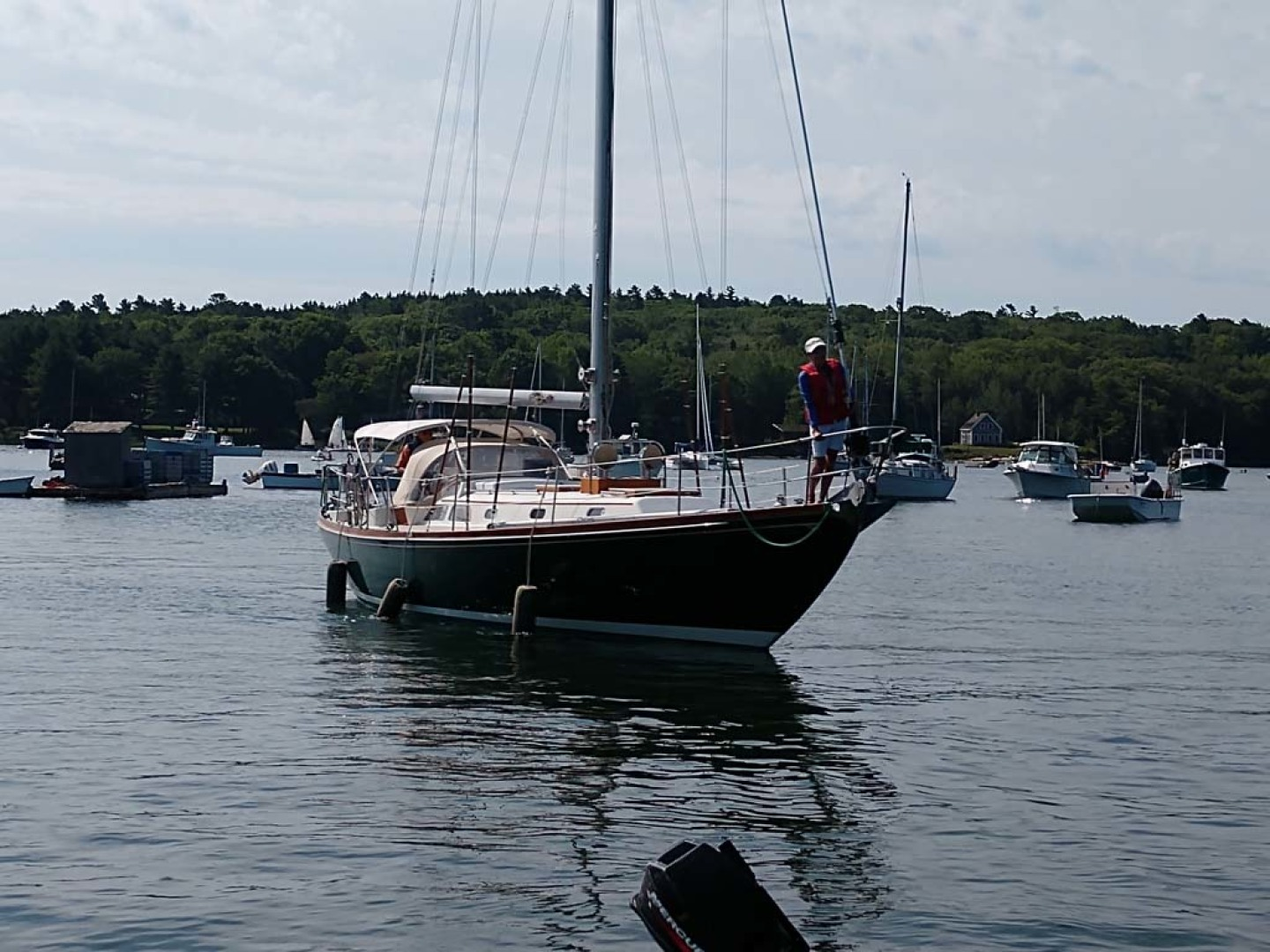 Hinckley-Bermuda 40 MK III Sloop 1979-Evensong Camden-Maine-United States-Starboard Bow-1200103 | Thumbnail