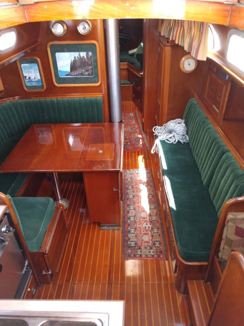 Hinckley-Bermuda 40 MK III Sloop 1979-Evensong Camden-Maine-United States-Cabin Interior-1200105 | Thumbnail