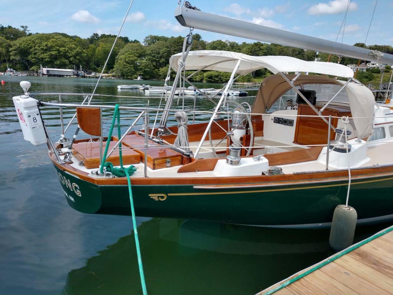 Hinckley-Bermuda 40 MK III Sloop 1979-Evensong Camden-Maine-United States-Starboard Aft Profile-1200193 | Thumbnail