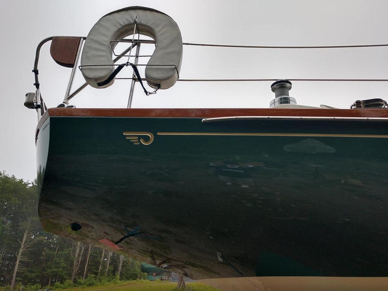 Hinckley-Bermuda 40 MK III Sloop 1979-Evensong Camden-Maine-United States-Fresh Paint   Starboard Aft Hull-1429013 | Thumbnail