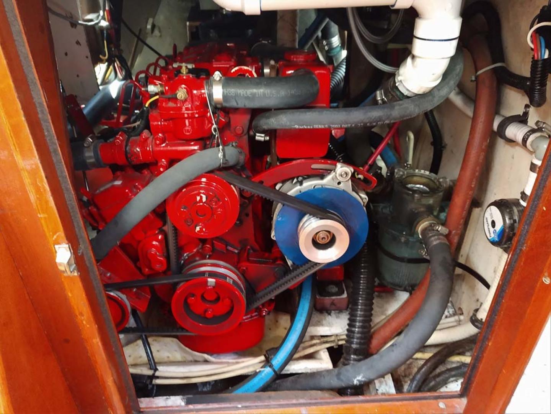 Hinckley-Bermuda 40 MK III Sloop 1979-Evensong Camden-Maine-United States-Westerbeke Engine-1200190 | Thumbnail