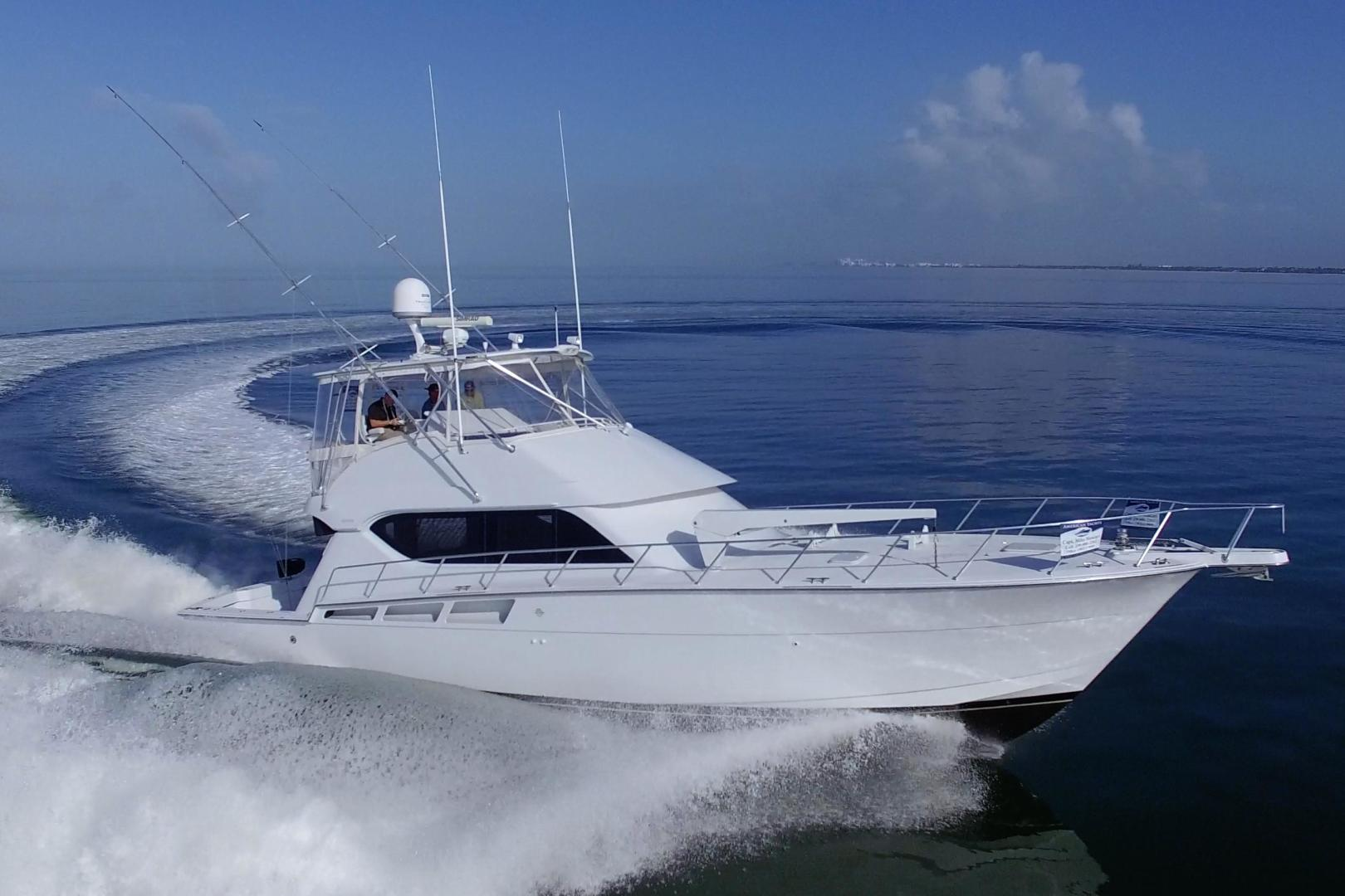 Picture Of: 55' Hatteras 55 Convertible 2002 Yacht For Sale | 2 of 88