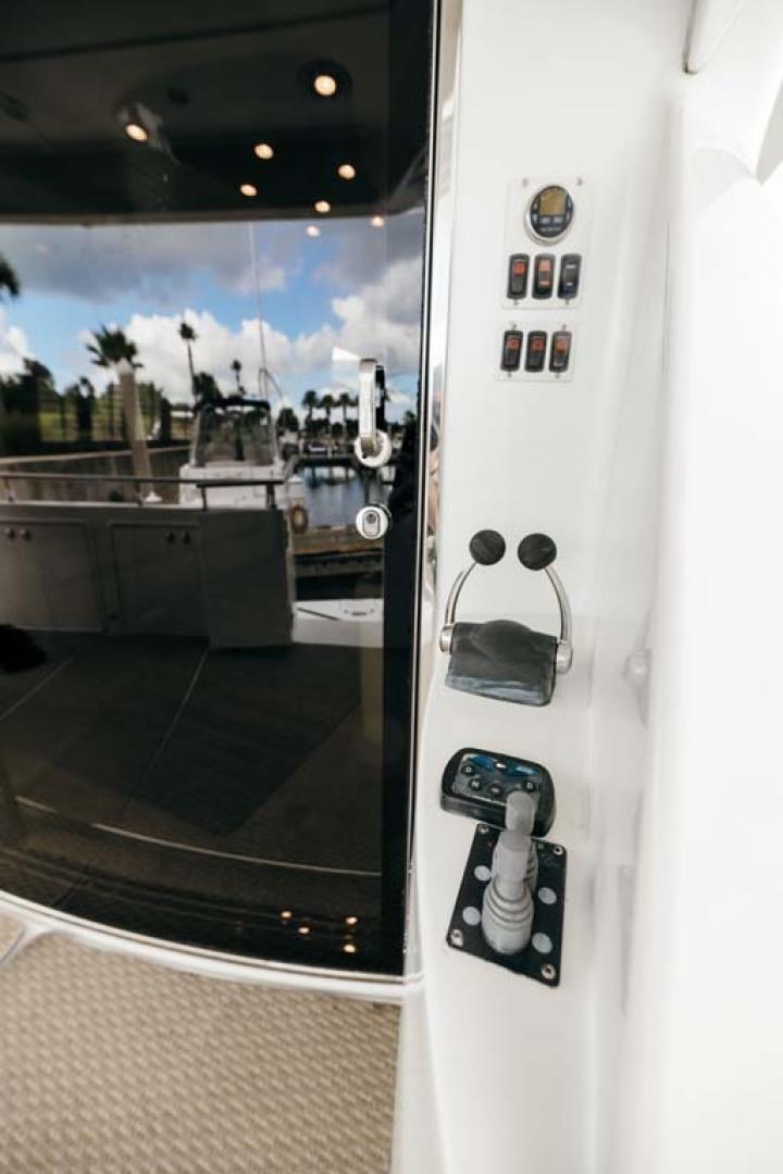 Marquis-Flybridge Motor Yacht 2004-Sandy Island Palm Coast-Florida-United States-Aft Thruster Controls-1247858 | Thumbnail