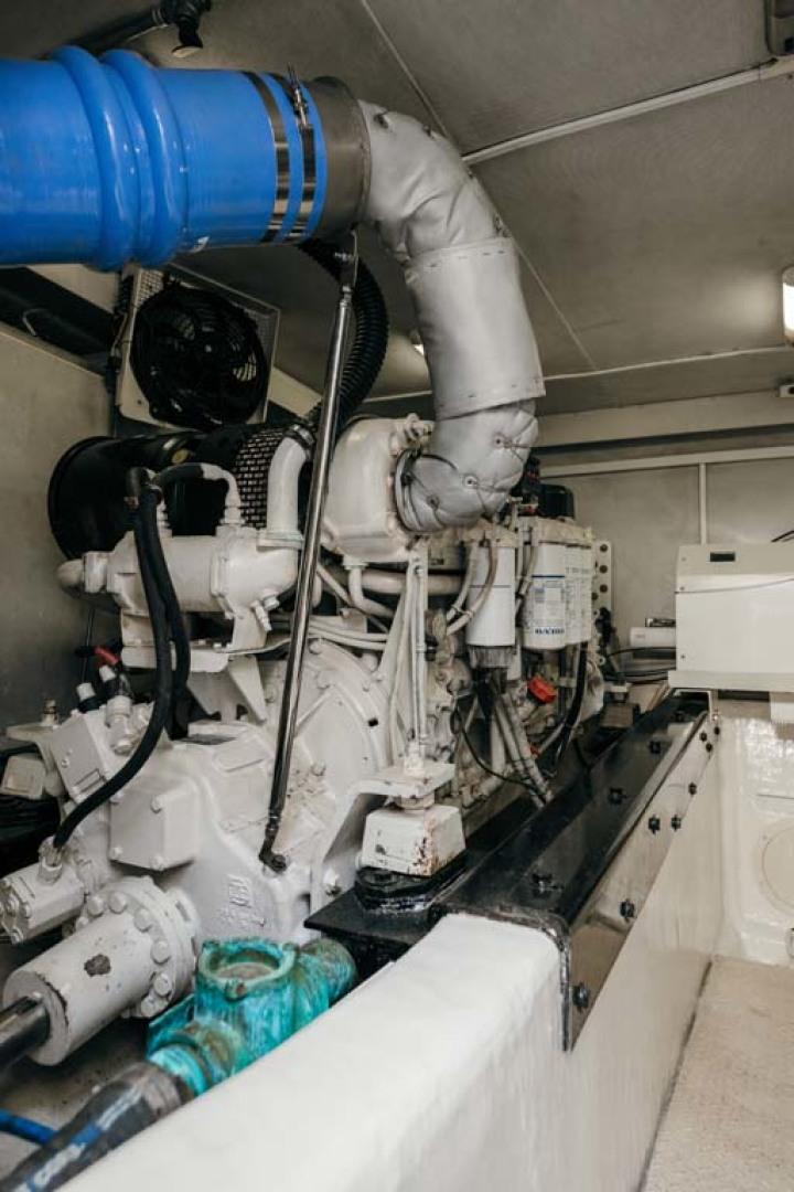 Marquis-Flybridge Motor Yacht 2004-Sandy Island Palm Coast-Florida-United States-Engine Room-1247941 | Thumbnail
