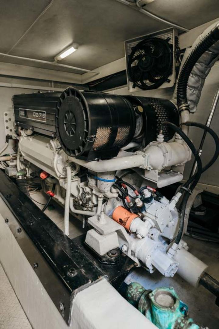 Marquis-Flybridge Motor Yacht 2004-Sandy Island Palm Coast-Florida-United States-Engine Room-1247942 | Thumbnail