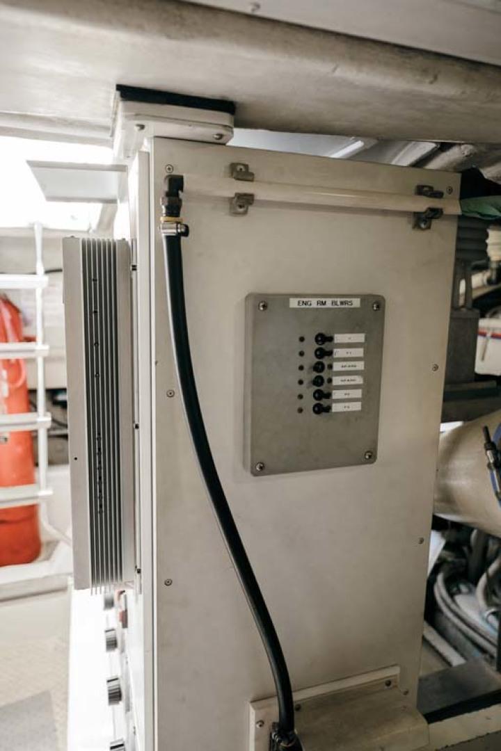 Marquis-Flybridge Motor Yacht 2004-Sandy Island Palm Coast-Florida-United States-Engine Room-1247947 | Thumbnail