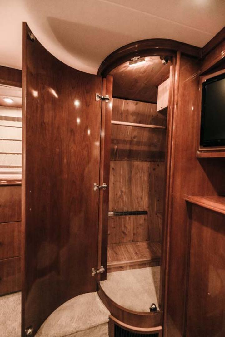 Marquis-Flybridge Motor Yacht 2004-Sandy Island Palm Coast-Florida-United States-Master Stateroom Closet-1247893 | Thumbnail