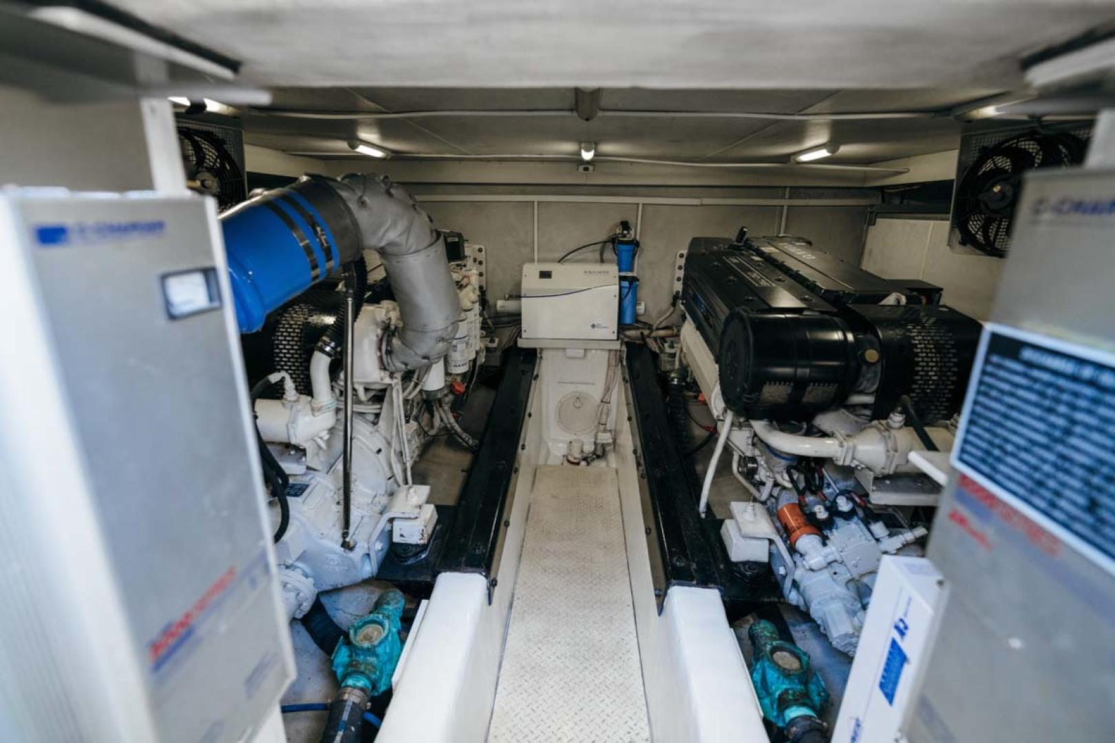 Marquis-Flybridge Motor Yacht 2004-Sandy Island Palm Coast-Florida-United States-Engine Room-1247939 | Thumbnail