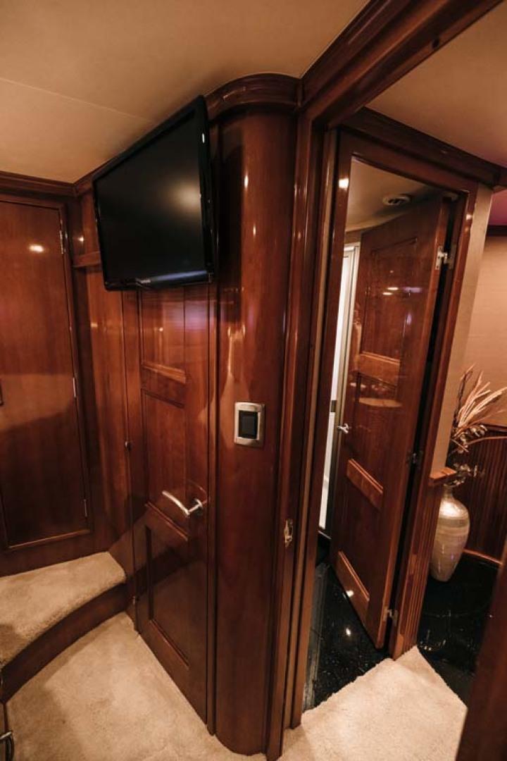Marquis-Flybridge Motor Yacht 2004-Sandy Island Palm Coast-Florida-United States-VIP Stateroom-1247909 | Thumbnail