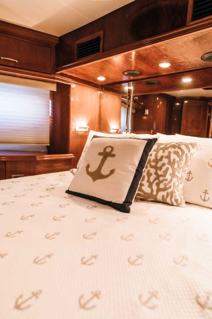 Marquis-Flybridge Motor Yacht 2004-Sandy Island Palm Coast-Florida-United States-VIP Stateroom-1247906 | Thumbnail