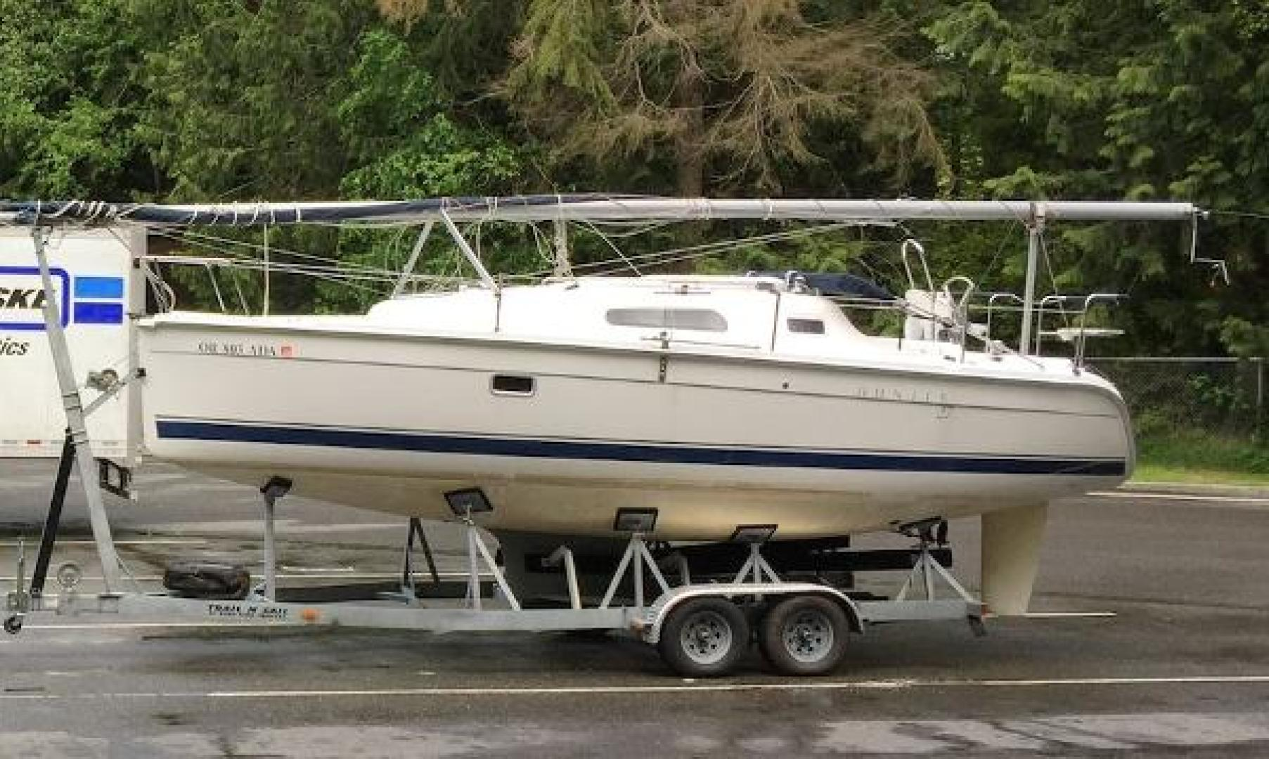 Picture Of: 27' Hunter 27 2006 Yacht For Sale | 1 of 9