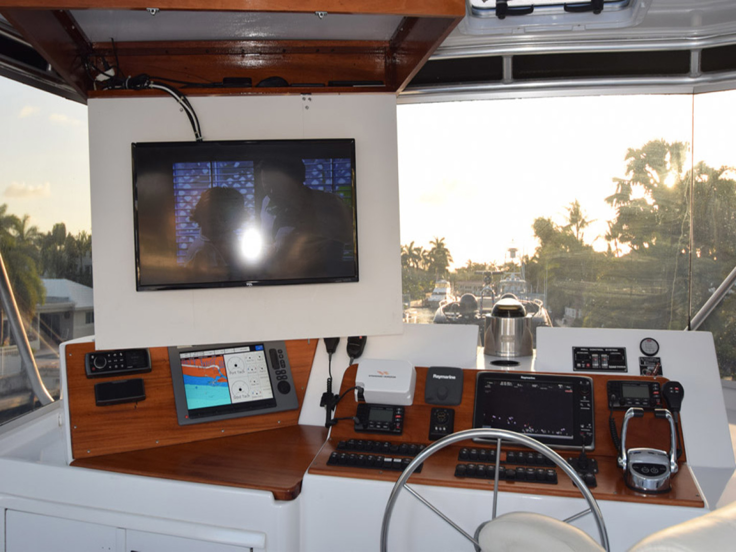 Hatteras-Cockpit Motoryacht 1989-Amelia Boca Raton-Florida-United States-Upper Helm With TV Cabinet Open-1206104 | Thumbnail