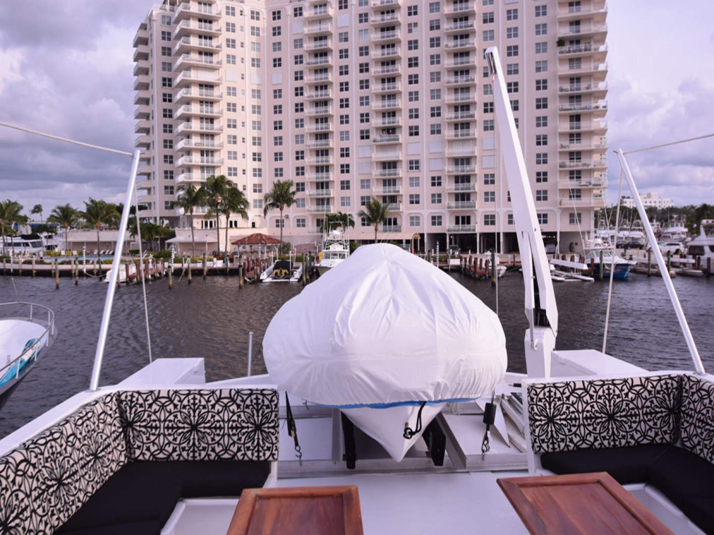 Hatteras-Cockpit Motoryacht 1989-Amelia Boca Raton-Florida-United States-Upper Deck With Tender-1206089 | Thumbnail