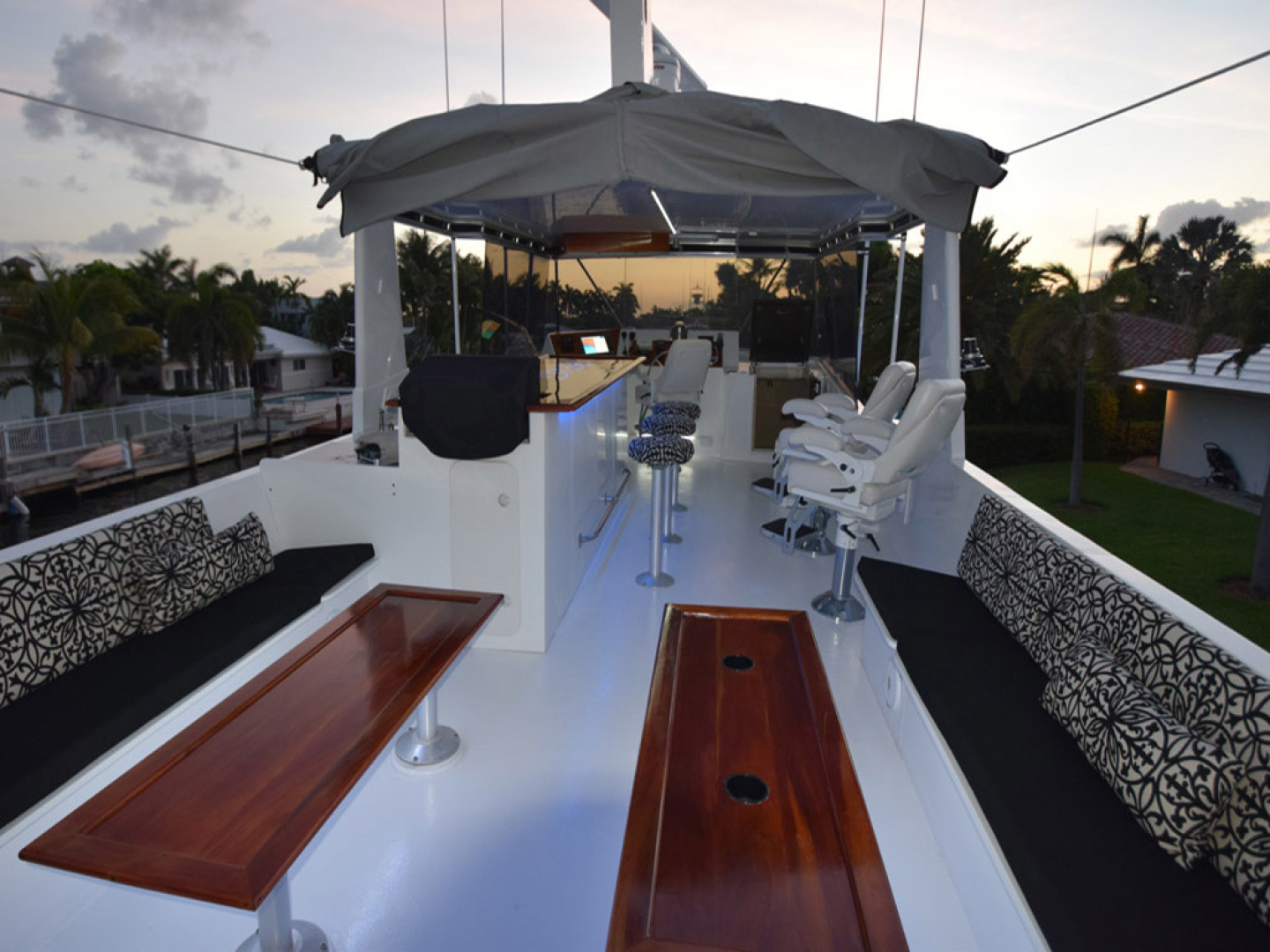 Hatteras-Cockpit Motoryacht 1989-Amelia Boca Raton-Florida-United States-Flybridge With Retractable Soft Top-1206097 | Thumbnail