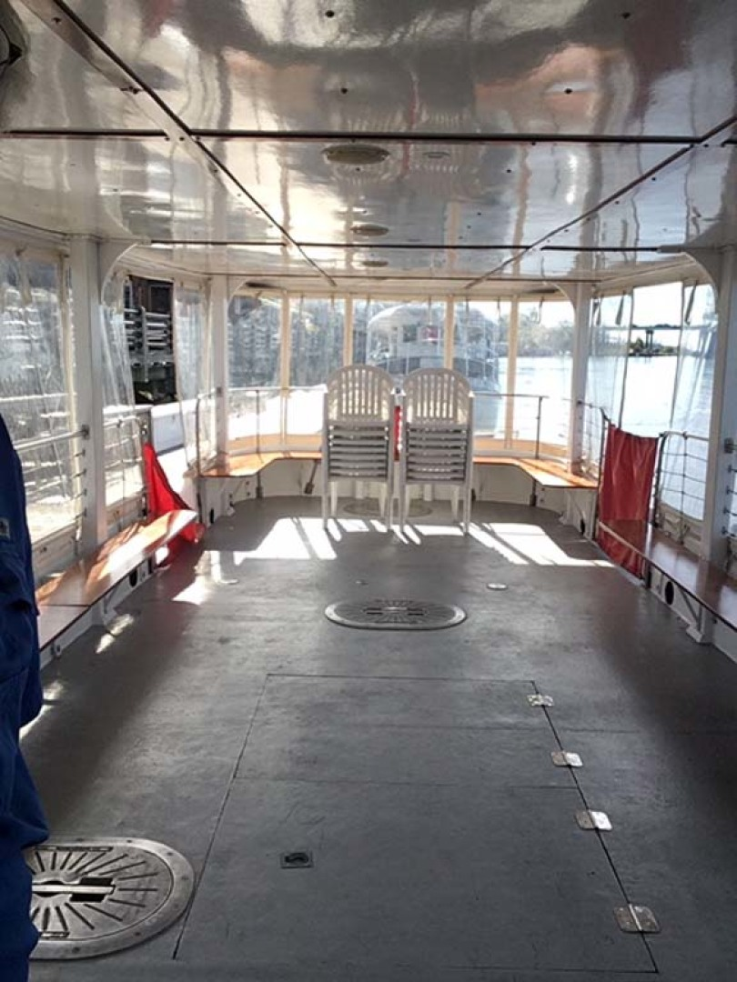 Custom-Passenger Boat 1979-Jacobs Run Wilmington-North Carolina-United States-Deck Looking Aft-1207959 | Thumbnail
