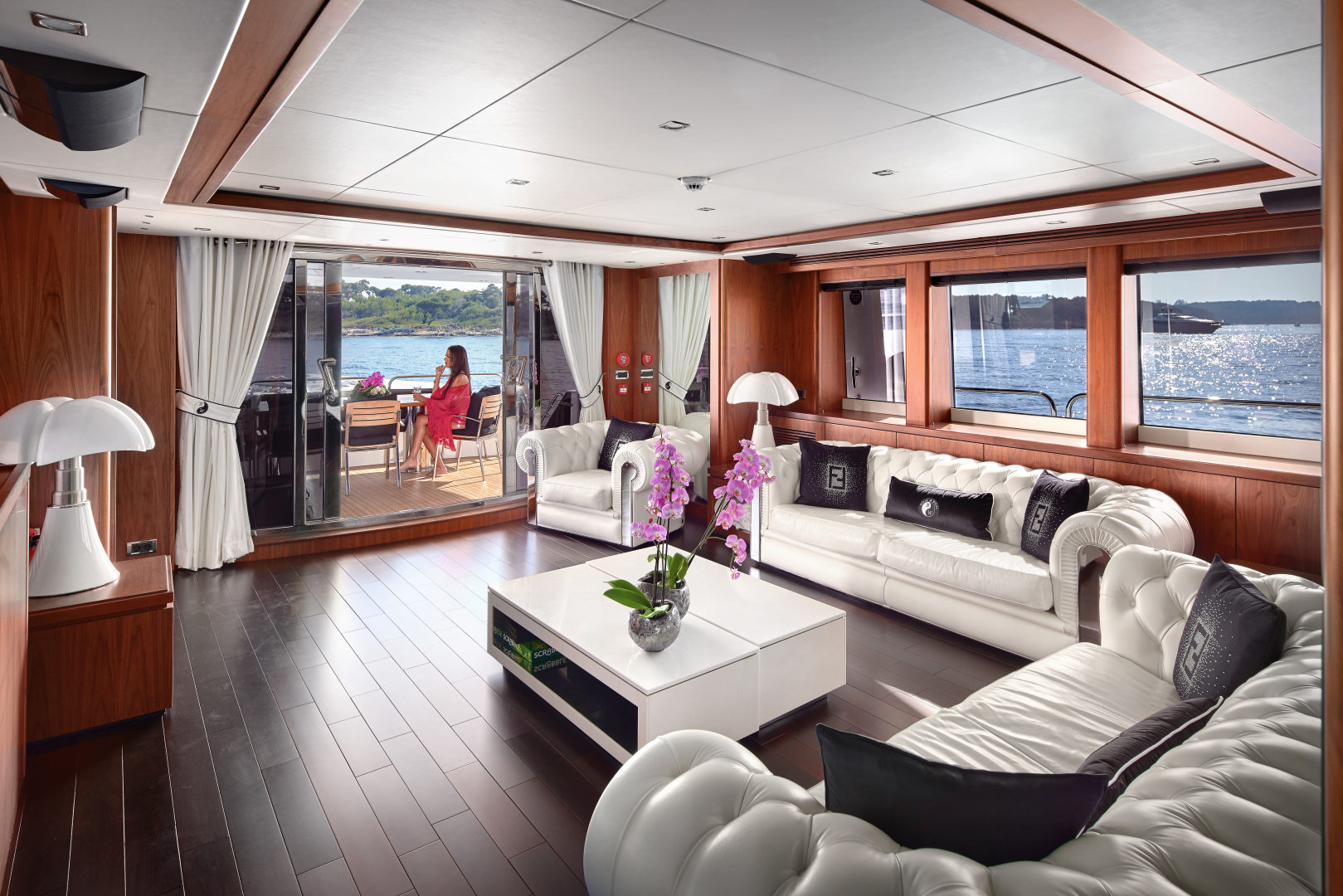 Sunseeker-34m 2010-BLACK AND WHITE French Riviera-France-1211719 | Thumbnail