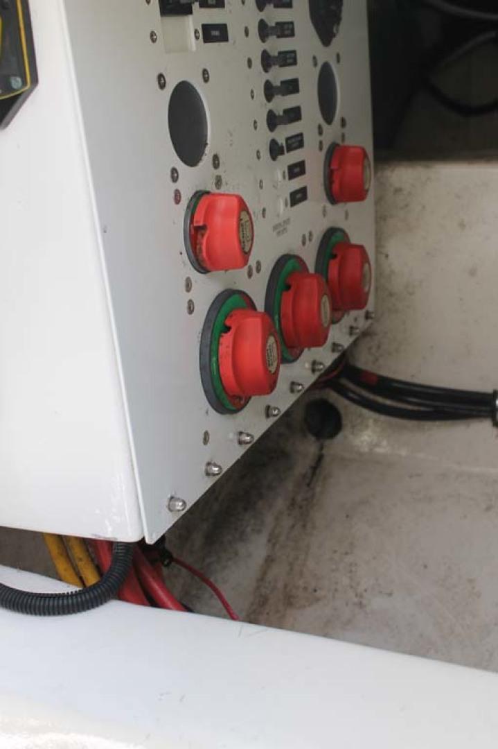 Davis-Express 2010-My Buddy Highlands-New Jersey-United States-Battery Switches-1212371 | Thumbnail