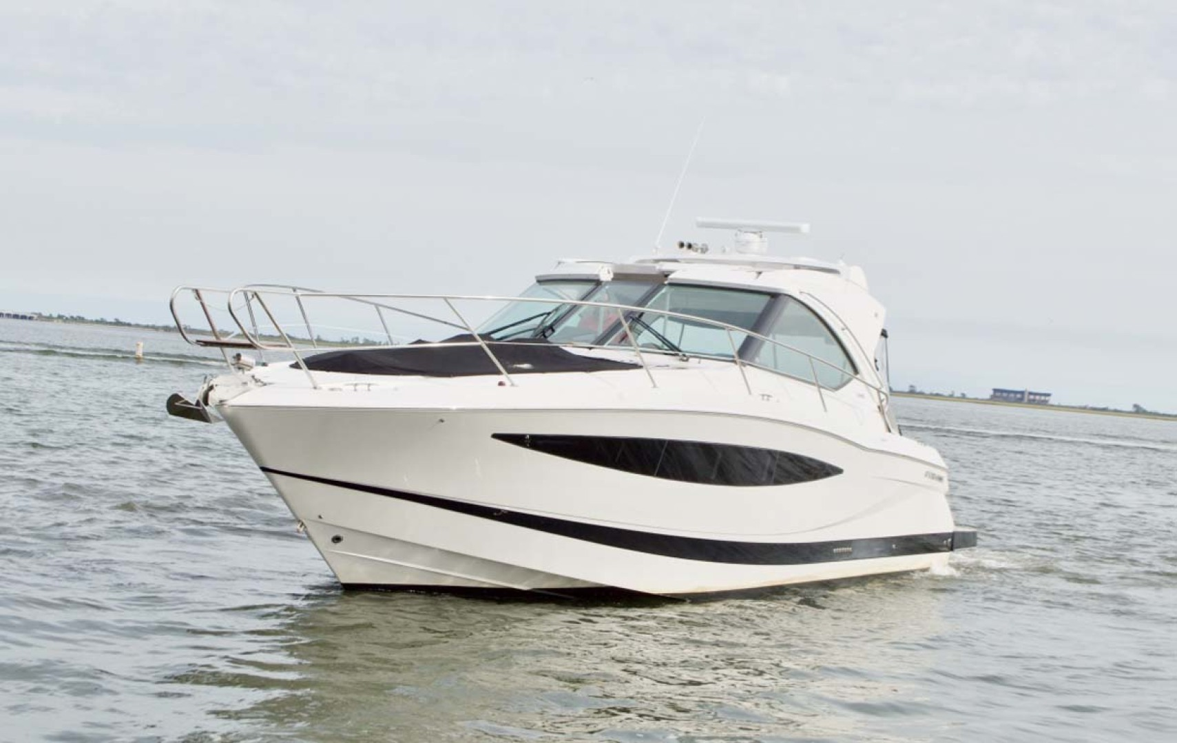 Picture Of: 43' Four Winns H440 2015 Yacht For Sale | 2 of 36
