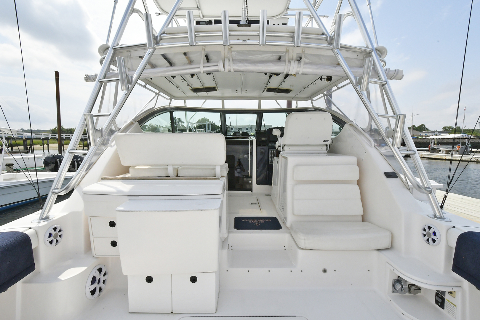 Tiara-3800 Open 2003-Catch 22 Oyster Bay-New York-United States-Cockpit-1224910 | Thumbnail
