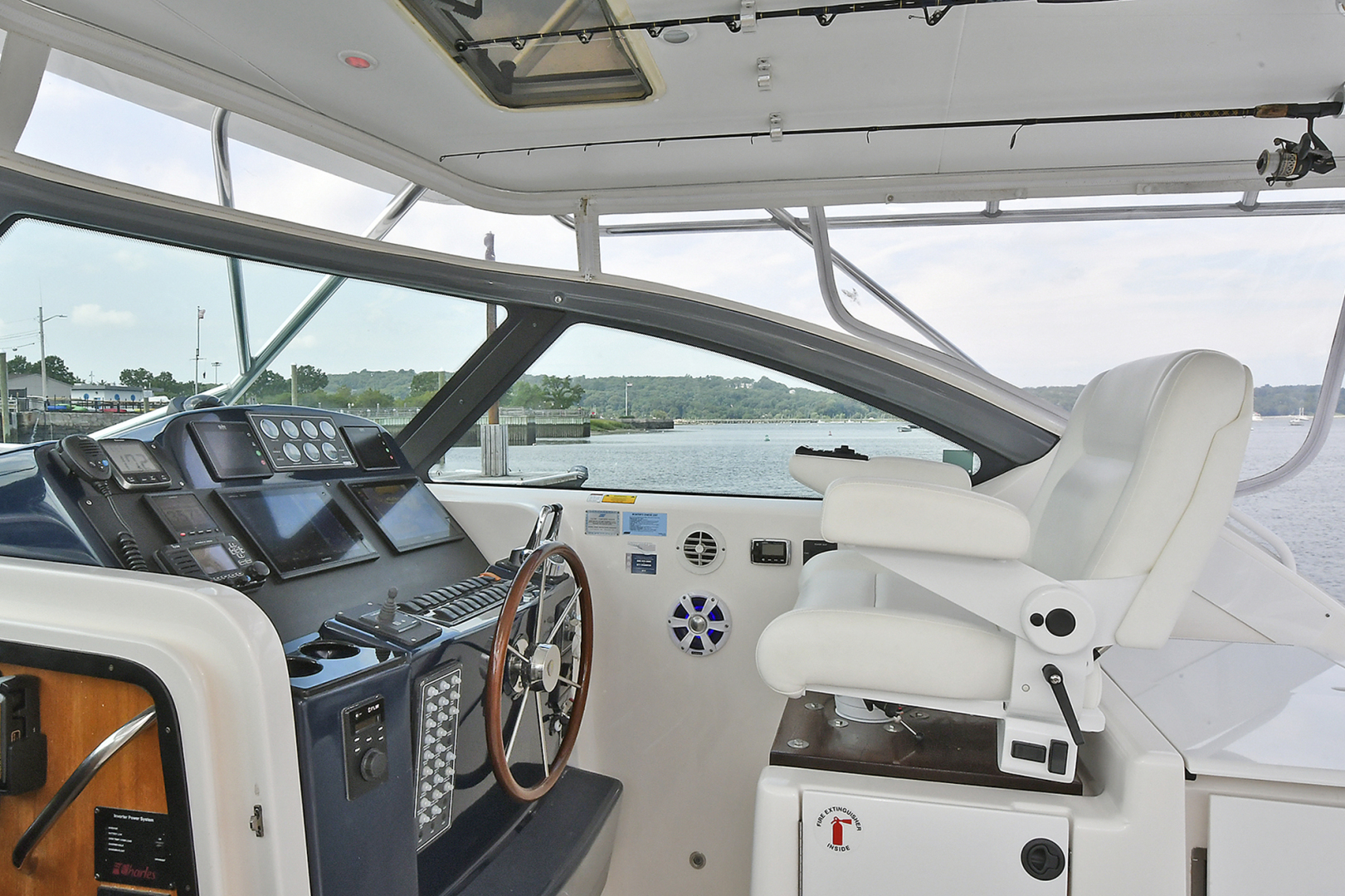 Tiara-3800 Open 2003-Catch 22 Oyster Bay-New York-United States-Helm Seating-1224917 | Thumbnail