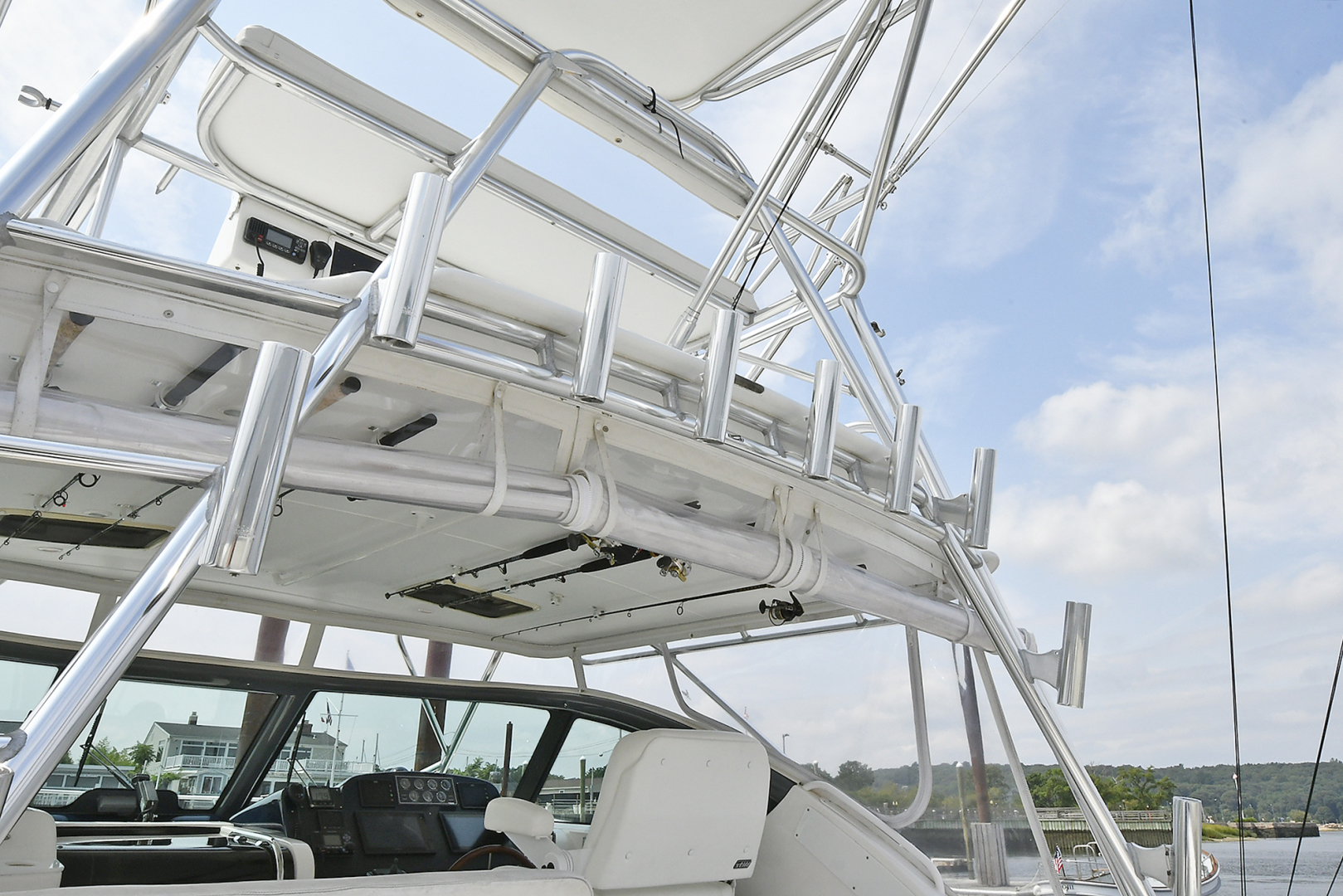Tiara-3800 Open 2003-Catch 22 Oyster Bay-New York-United States-Rod Holders-1224911 | Thumbnail