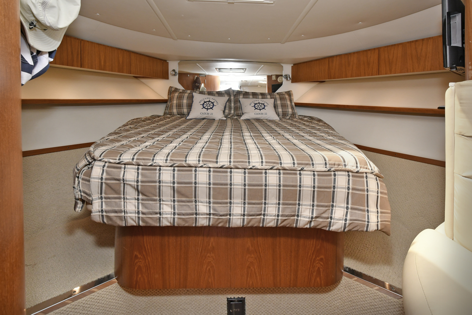 Tiara-3800 Open 2003-Catch 22 Oyster Bay-New York-United States-Forward Stateroom-1224930 | Thumbnail