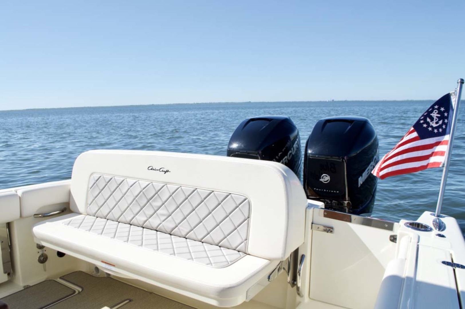 Chris-Craft-30 Catalina 2018-Blue Waters Long Island-New York-United States-Transom Seat-1228960 | Thumbnail