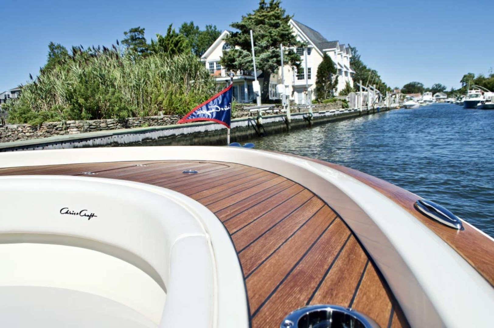 Chris-Craft-30 Catalina 2018-Blue Waters Long Island-New York-United States-Teak Accents-1228970 | Thumbnail